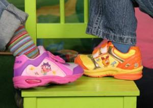 детская обувь кроссовки