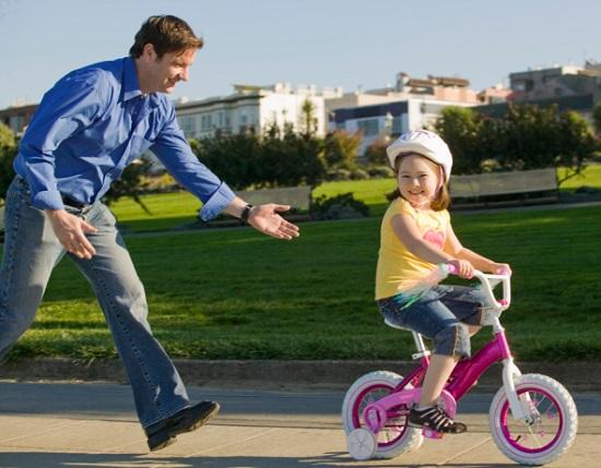 как научить ребенка кататься на велосипеде, как научиться кататься на велосипеде