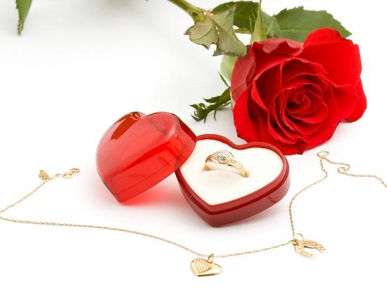 Смотреть Подарки любимой девушке на День Святого Валентина видео