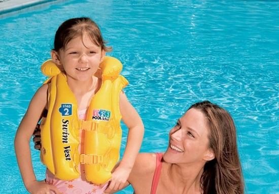 детские надувные жилеты для плавания