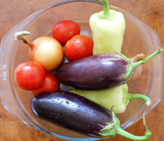 салат из баклажанов на зиму рецепт