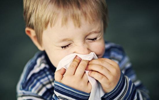 как вылечить насморк ребенку народными средствами, чем можно вылечить ребенку насморк