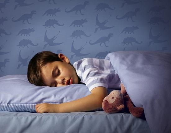 ребенок писается ночью