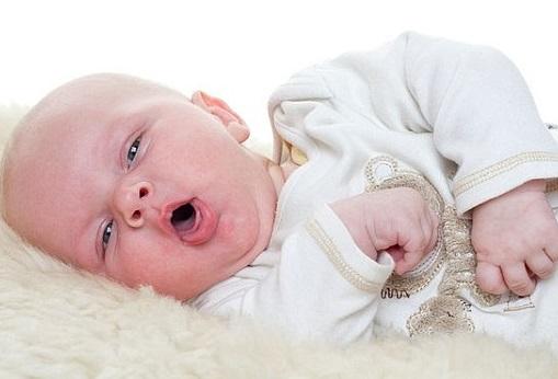 как лечить насморк у новорожденных детей